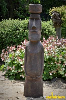 Moai with hat